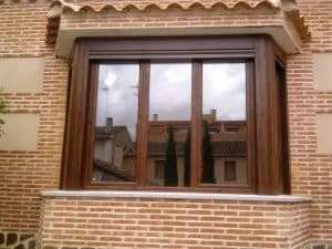 reparacion de ventanas en zaragoza de madera o sustitucion
