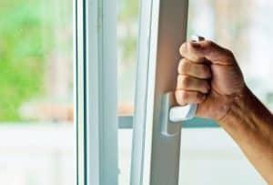 Reparación ventana zaragoza que no cierra