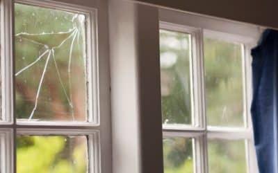 Reparación de ventanas rotas en casa